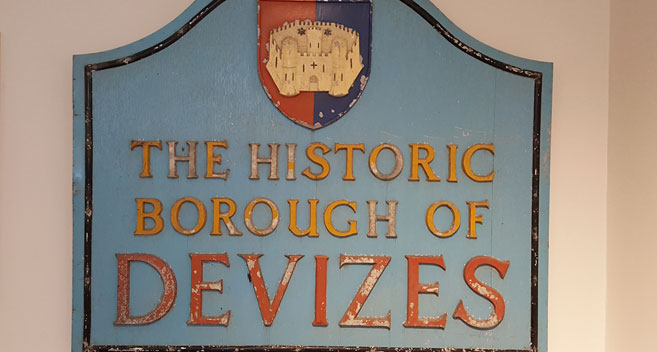 Devizes sign
