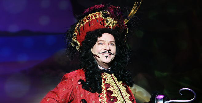 Adam Woodyatt/Captain Hook