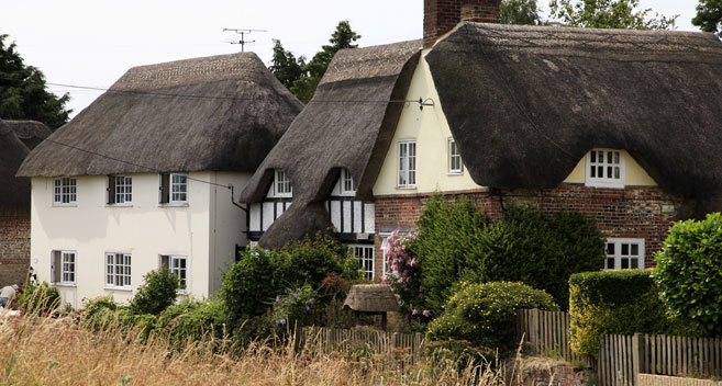 Cottages in Manningford Bruce in Wiltshire
