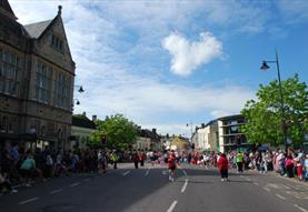 Calne (C) Esther Reeve