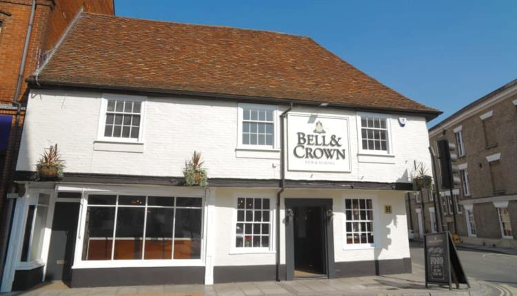The Bell & Crown