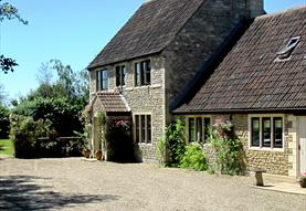 Enjoy peace and tranquility of Great Ashley Farm