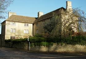 TRADITIONAL WORKING FARM ON THE EDGE OF THE COTSWO