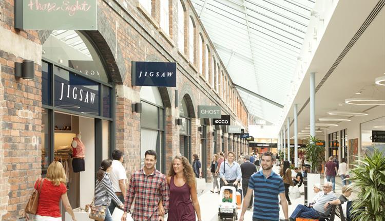 Mcarthurglen designer outlet swindon visit wiltshire for Design outlet